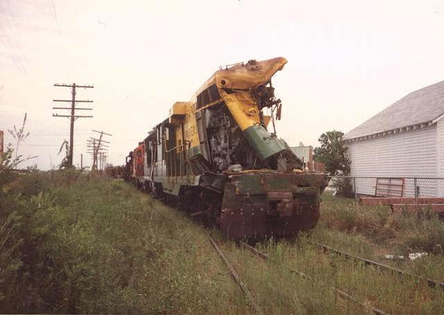 wreck-altoona ia-[30-jul-1988]-010-640x455