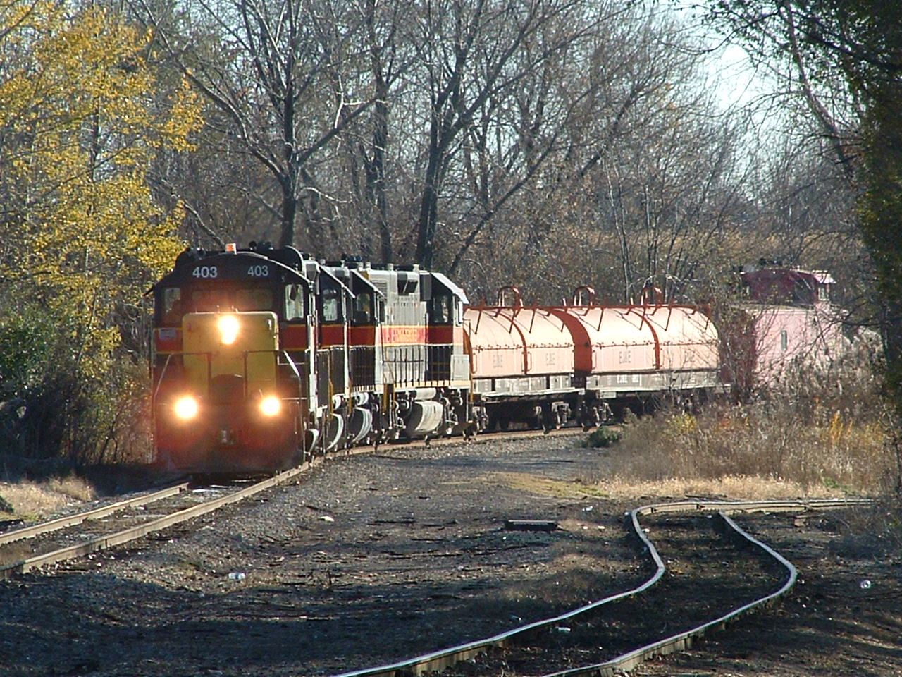 403 shoves up the long track for ex RI main #1. Blue Island, IL