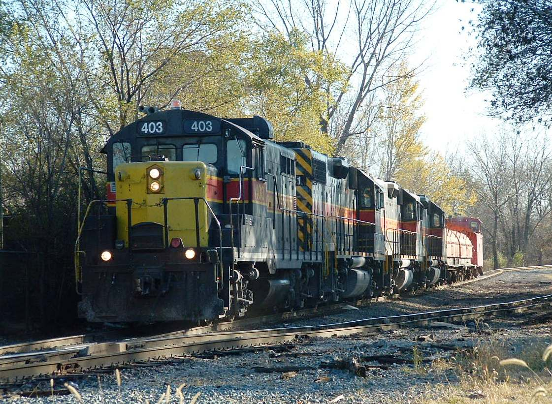403 leads 711, 710 and 709 on a reverse move back toward the RI main. Blue Island, IL
