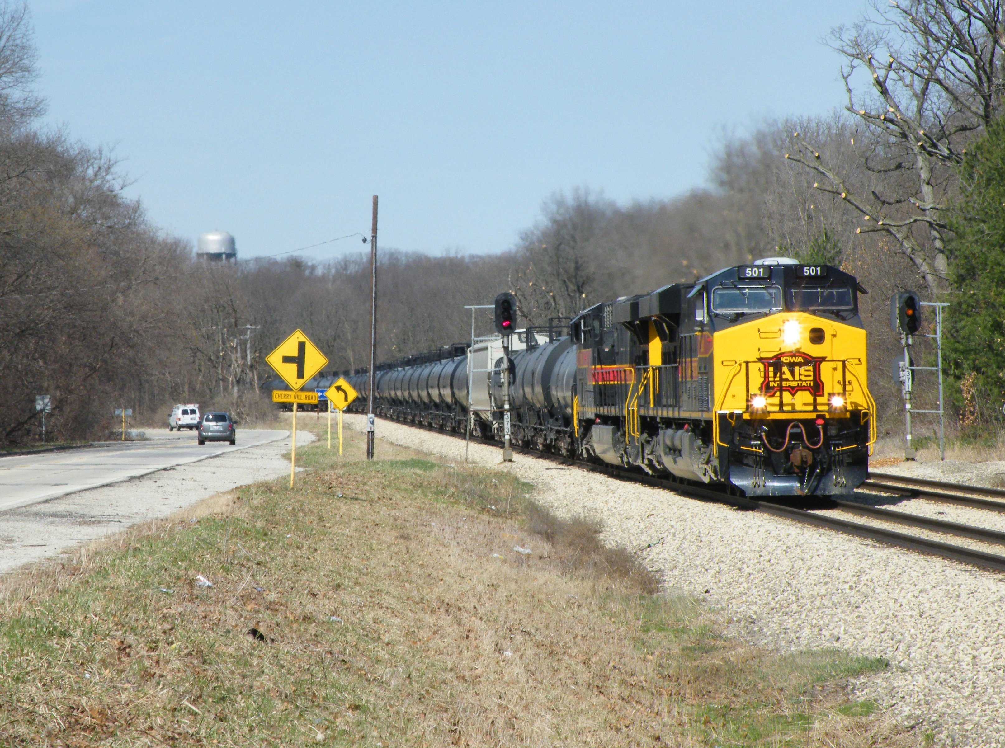 Iowa 501 and 508 are wide open thundering out of the Joliet river valley, following Rte 30 into New Lenox.
