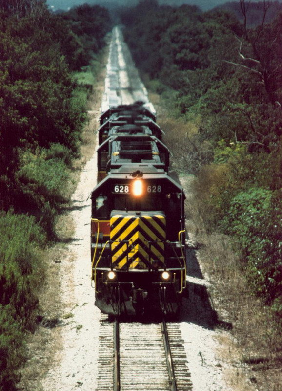 628 heads up an NTPE train in June of 1998 near Downey, IA.  Photo by Jeremy J Schrader.