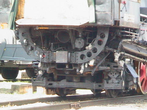 Rear detail of engine 6988