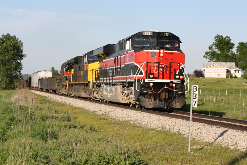 513 west leads BICB at MP 336 West of Colfax, IA on 5-18-10.