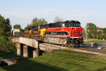 513 leads BICB across US 6 at Altoona, IA on 5-18-10
