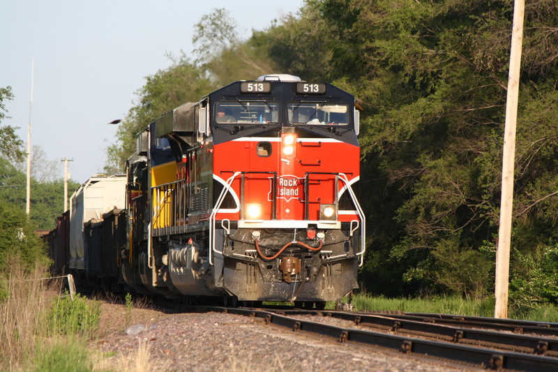 After coming down the hill, BICB will enter Short Line yard and will creep thru Des Moines. 5-18-10