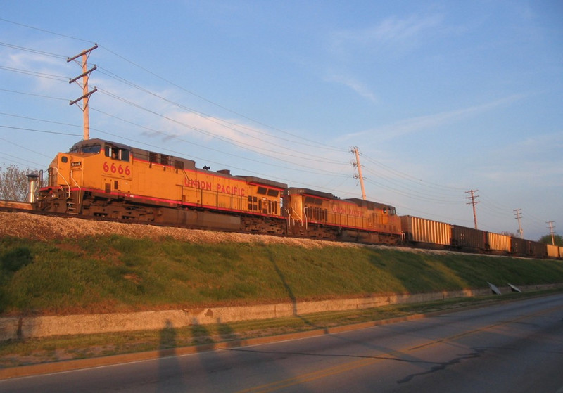 UP 6666 West, CPWNA-04, waits for a new crew on the Rock Island Arsenal on 5/5/05.