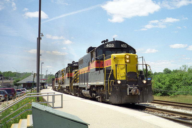 IAIS 403 on NTBI @ New Lenox, IL.  June 29, 1999.