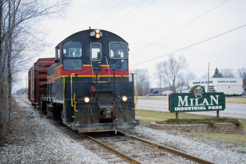 IAIS 250 with RISW-15 @ Milan, IL.  March 15, 2002.