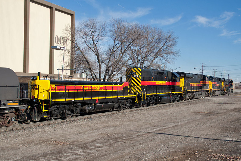 IAIS 721/651 trail on CBBI-04 @ Rock Island, IL.  January 5, 2012.