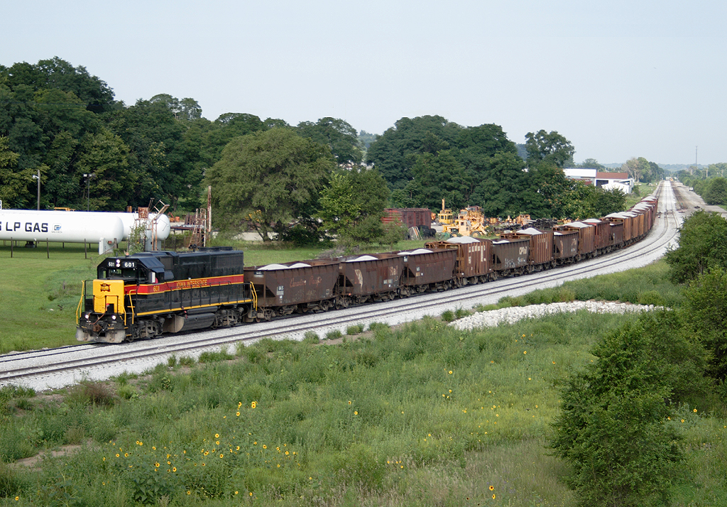 IAIS 601 with a ballast train @ Silvis, IL.  August 21, 2006.