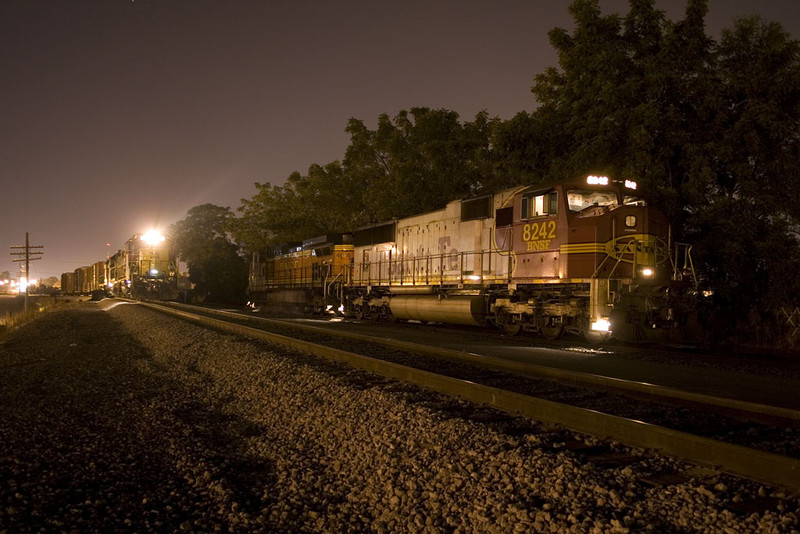 RISW-07 & Circus Train @ Rock Island, IL.  September 7, 2009.
