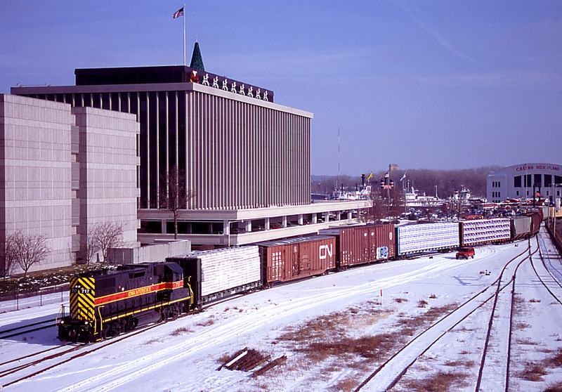 IAIS 717 with RISW-13 @ 17th St; Rock Island, IL.  December 13, 2005.