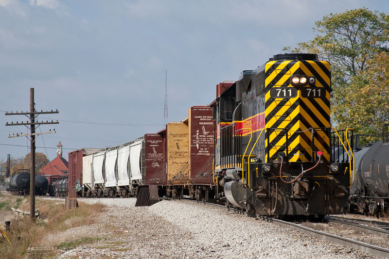 An extra Silvis Switcher puts the Milan Job away in Rock Island, IL.  October 13, 2011.