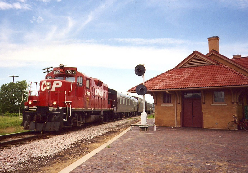 CP 8217 deadheads east with the Geometry Train at West Liberty, IA on 9-June-2005 after inspecting the track out to Council Bluffs.
