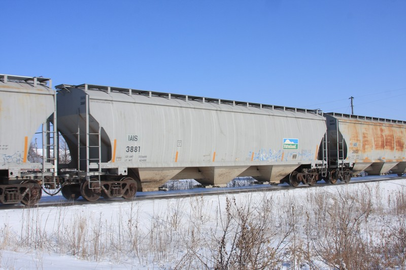 IAIS 3881 at Walcott, IA, on 28 Dec 2010