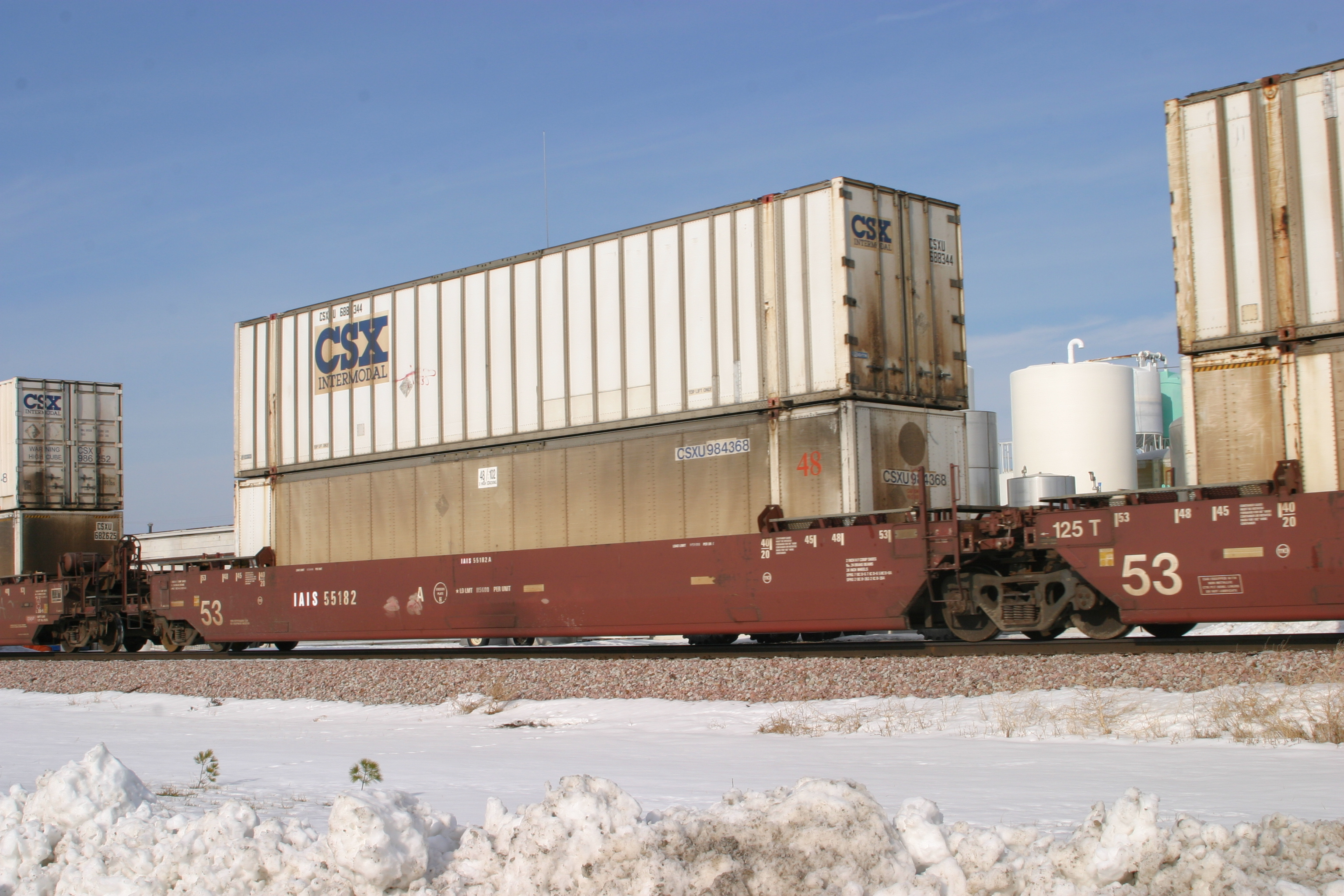 IAIS 55182 A at Walcott, IA, on 23-Dec-2005