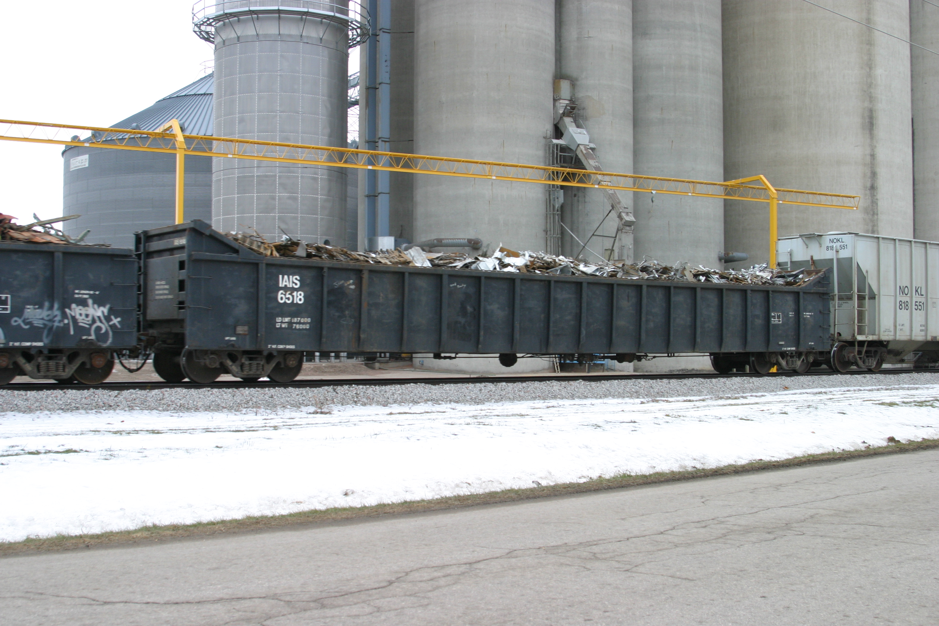 IAIS 6518 at Kellogg, IA, on 30-Dec-2005