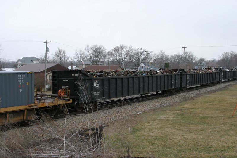 IAIS 6523 at Ladora, IA, on 18-Mar-2005