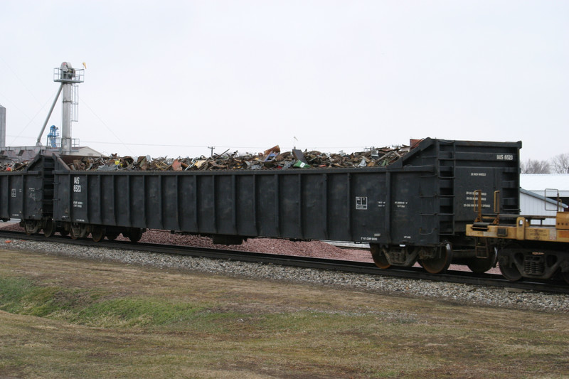 IAIS 6523 at Victor, IA, on 18-Mar-2005