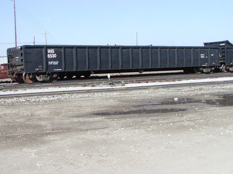 IAIS 6530 at Council Bluffs, IA, on 22-Apr-2003