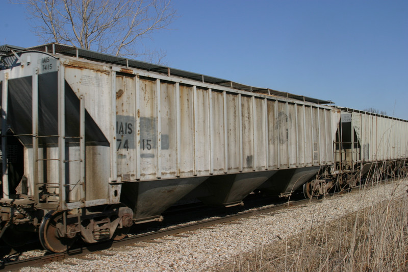 IAIS 7415 at Homestead, IA, on 16-Mar-2005