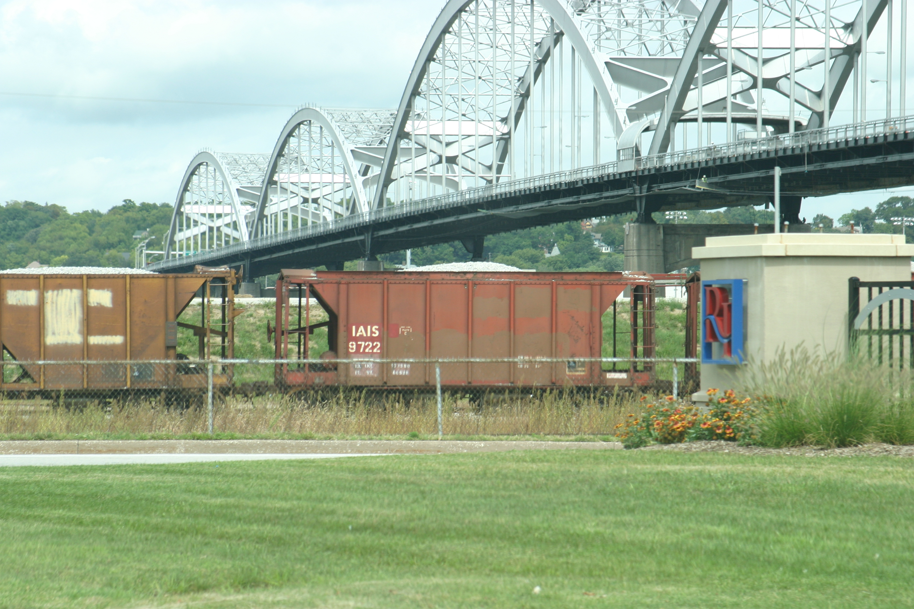 IAIS 9722 at Rock Island, IL, during Aug-2004