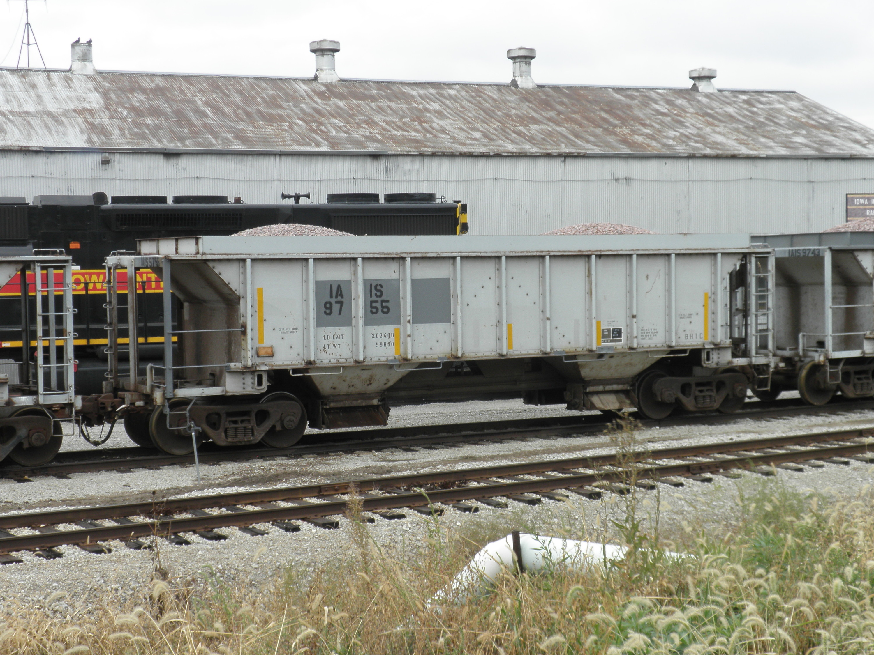 IAIS 9755 at Council Bluffs, 06 Nov 2013.