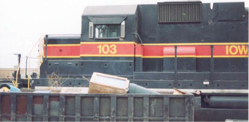 IAIS 103 at Council Bluffs, IA on 04-Jun-2001