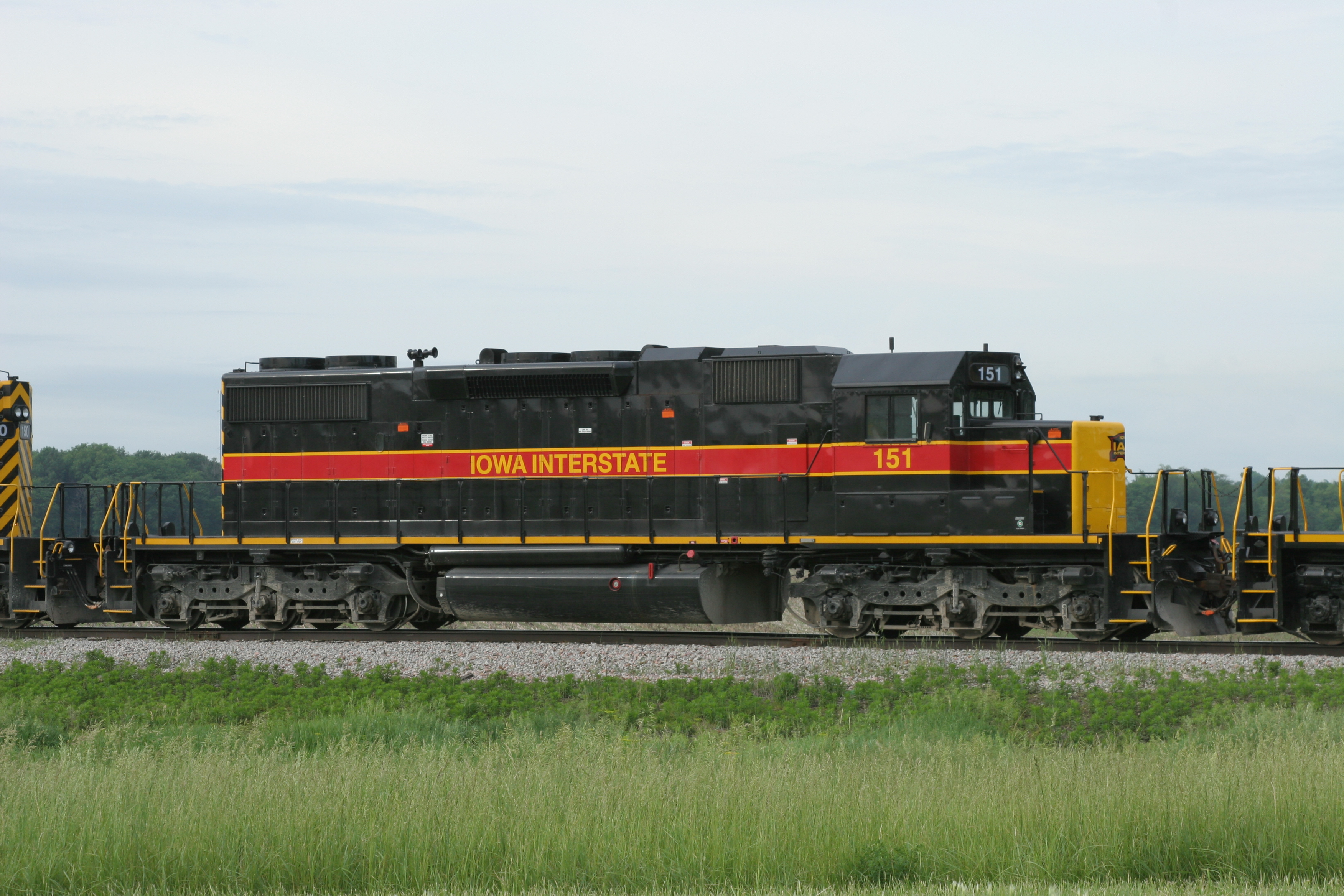 IAIS 151 at West Liberty, IA, on 1-Jun-2006