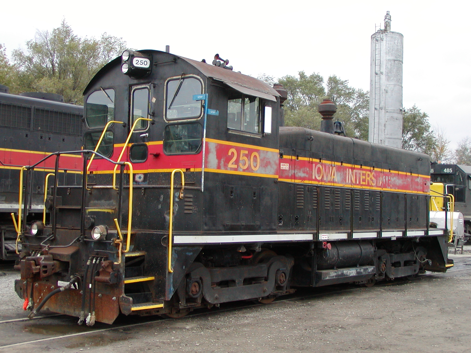 IAIS 250 at Council Bluffs IA on 22-Oct-2006.