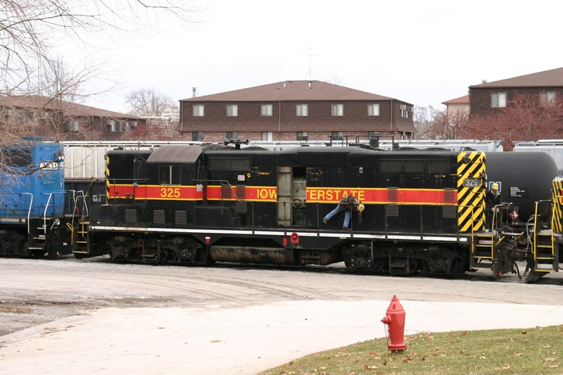 IAIS 325 at Iowa City, IA on 29-Dec-2003