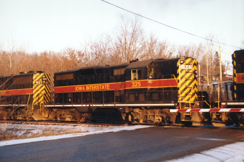 IAIS 325 at Des Moines, IA on 09-Jan-1998