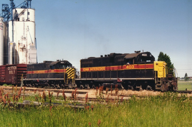 IAIS 403 at Altoona, IA on 01-Jun-1993