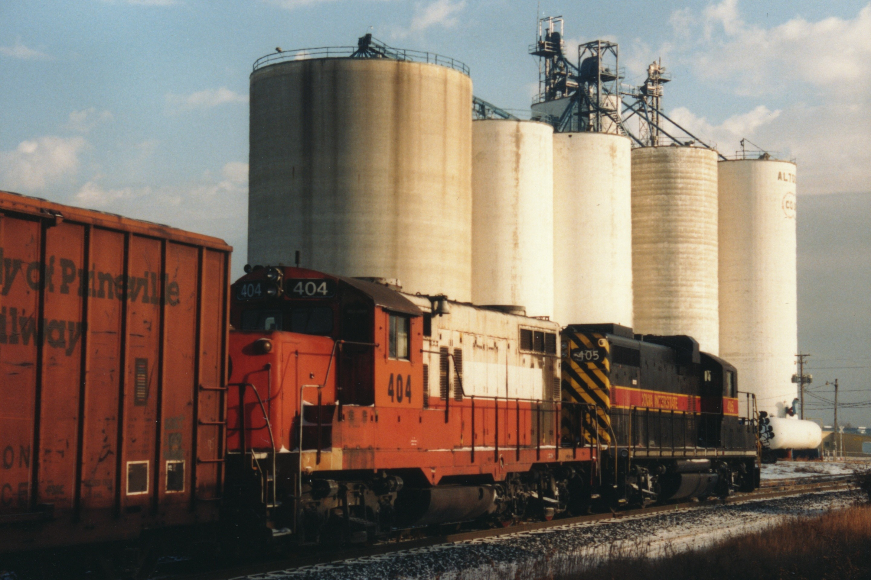 IAIS 404 at Altoona, IA on 01-Nov-1993