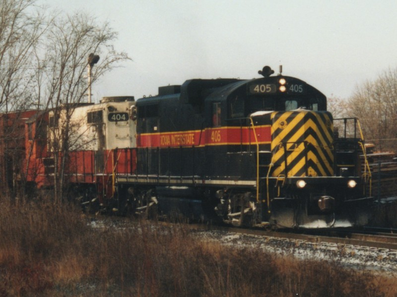 IAIS 405 at Altoona, IA on 01-Nov-1993