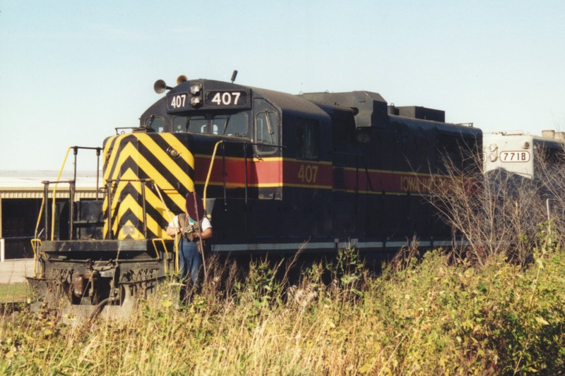 IAIS 407 at Altoona, IA on 01-Oct-1993