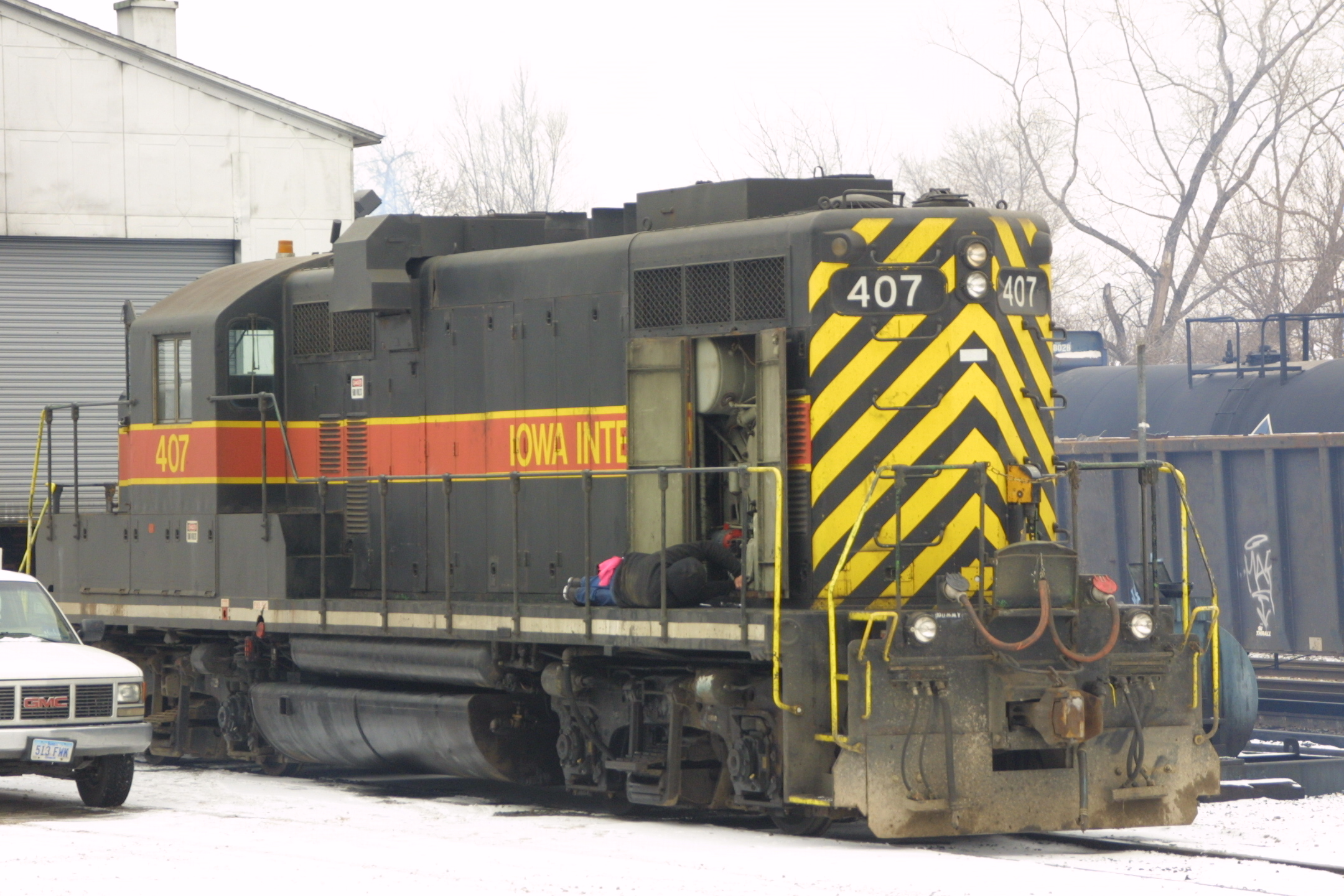IAIS 407 at Iowa City, IA on 28-Dec-2001