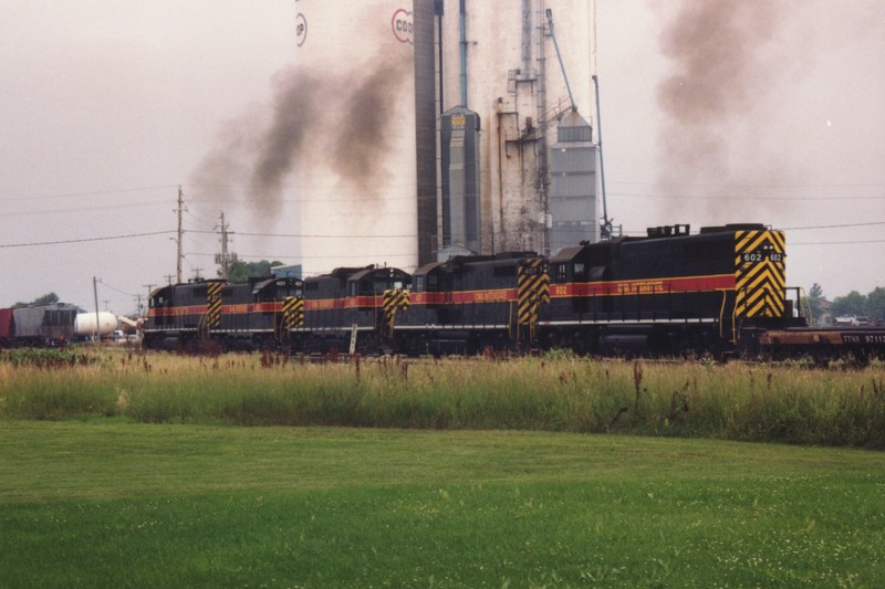 IAIS 407 at Altoona, IA on 16-Jul-1993