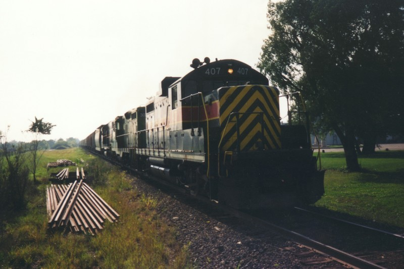 IAIS 407 at Altoona, IA on 01-Sep-1992