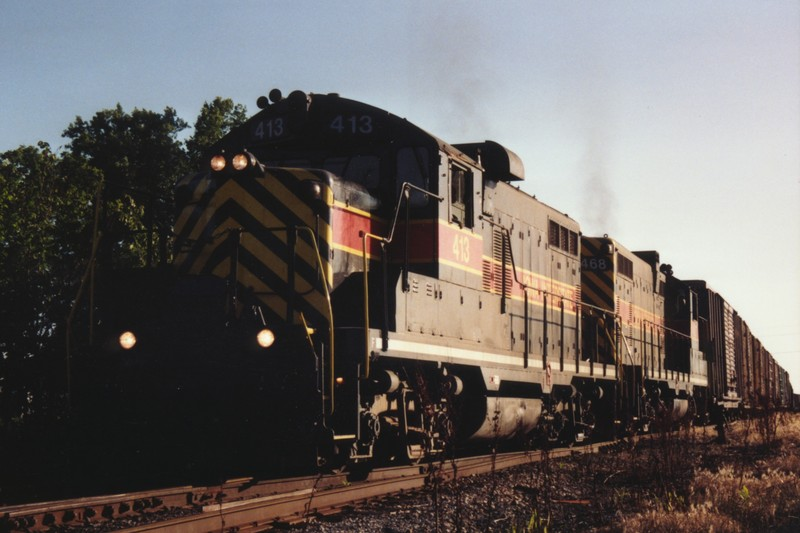 IAIS 413 at Altoona, IA on 06-Jul-1993