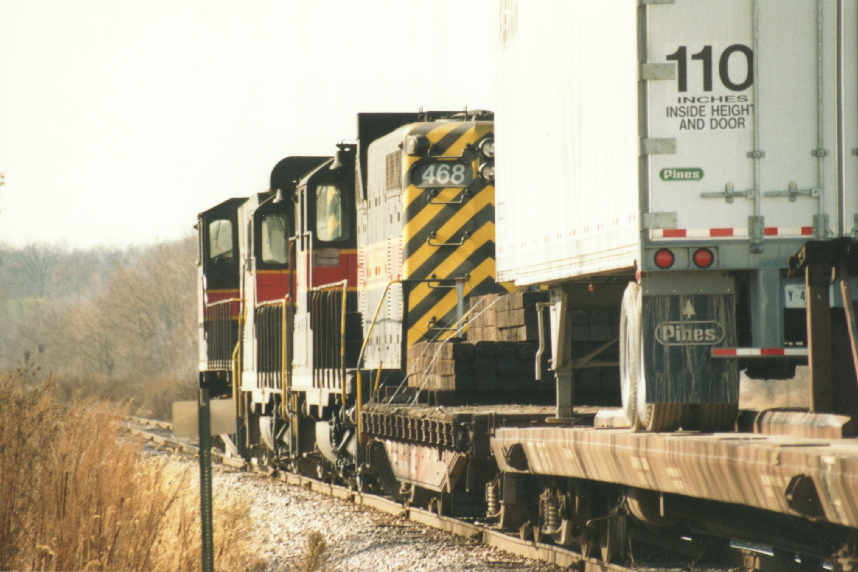 IAIS 468 at West Des Moines, IA on 17-Nov-1994