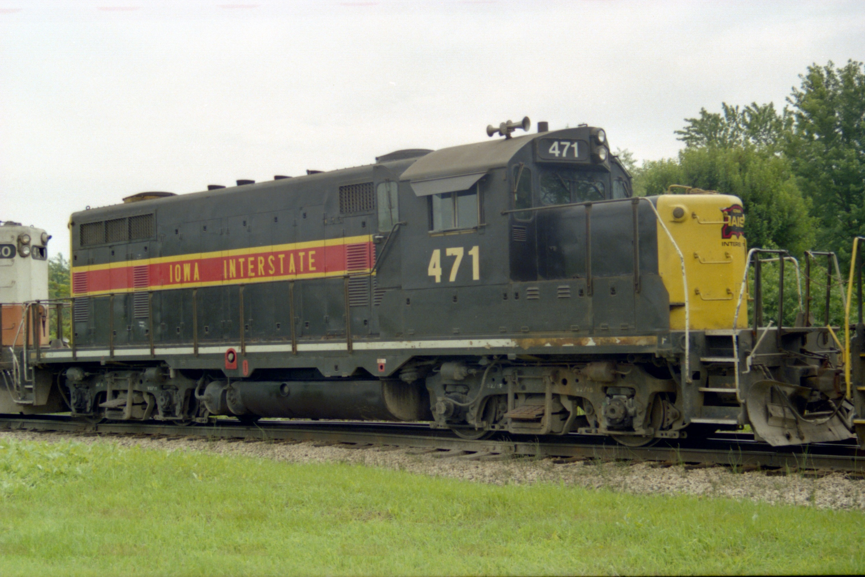 IAIS 471 in Altoona, IA, on 1 Jul 1993