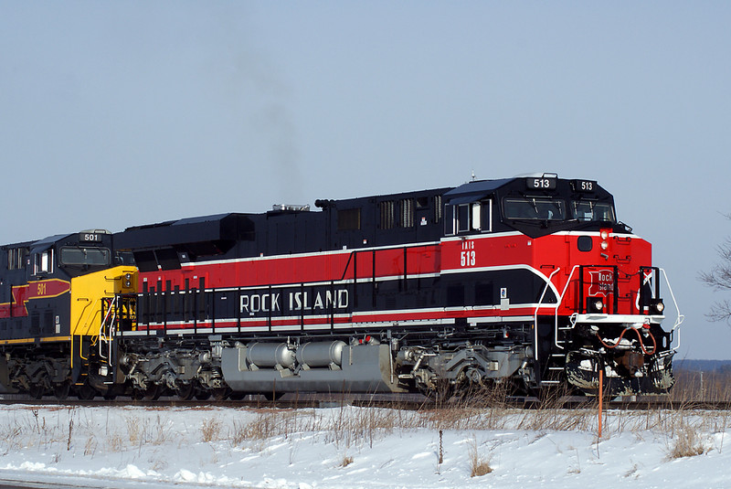 513 pulls up the east leg at Yocum. 02-15-10.