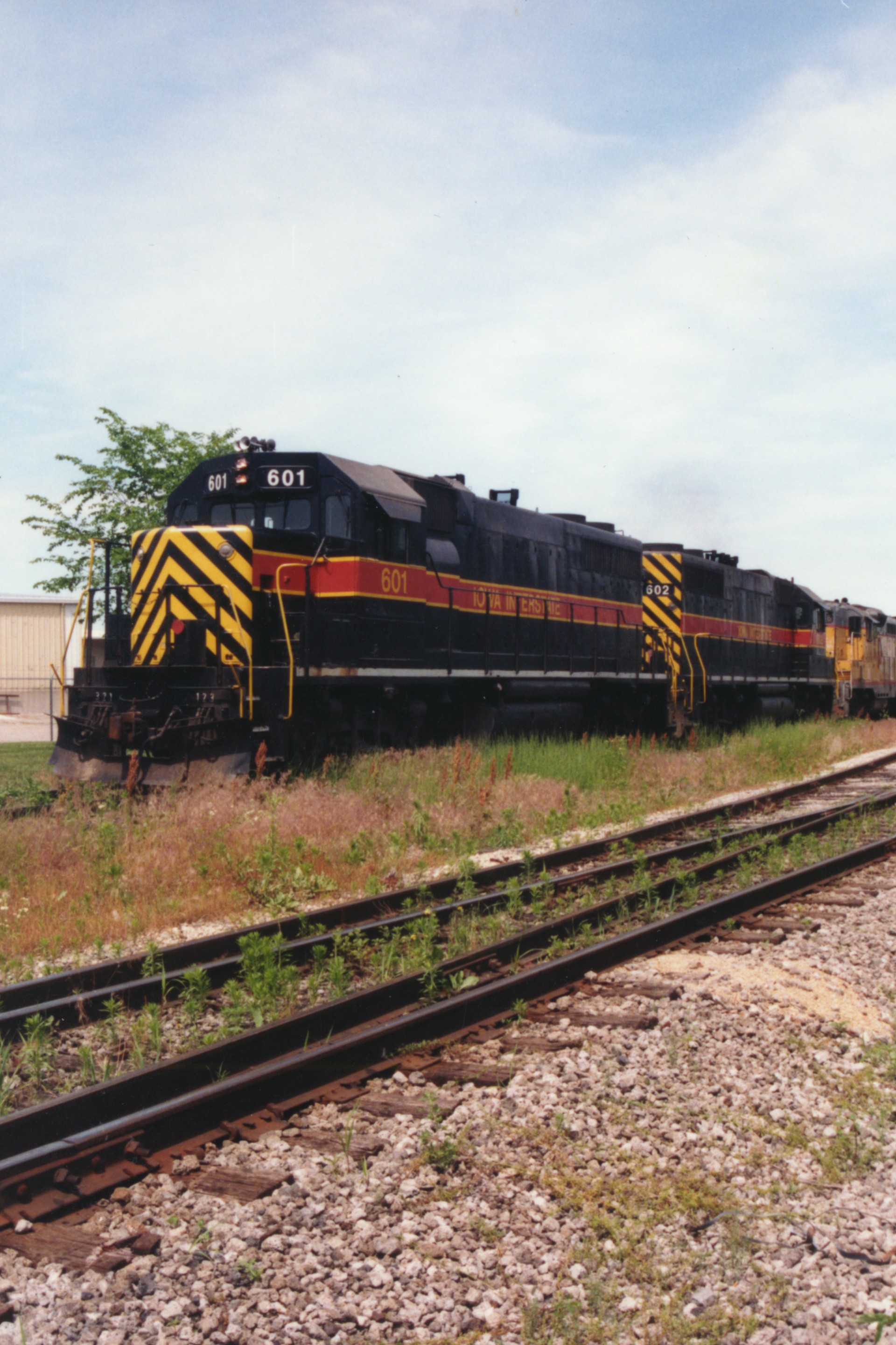 IAIS 601 at Altoona, IA on 12-Jun-1994