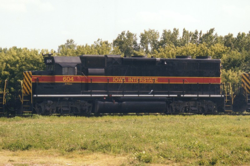 IAIS 604 at Short Line Junction, IA on 07-Aug-1997