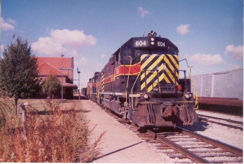 IAIS 604 at Atlantic, IA on 06-Oct-2000