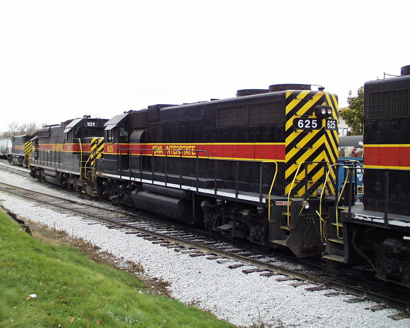 IAIS 625 at Iowa City, IA on 01-Oct-2000