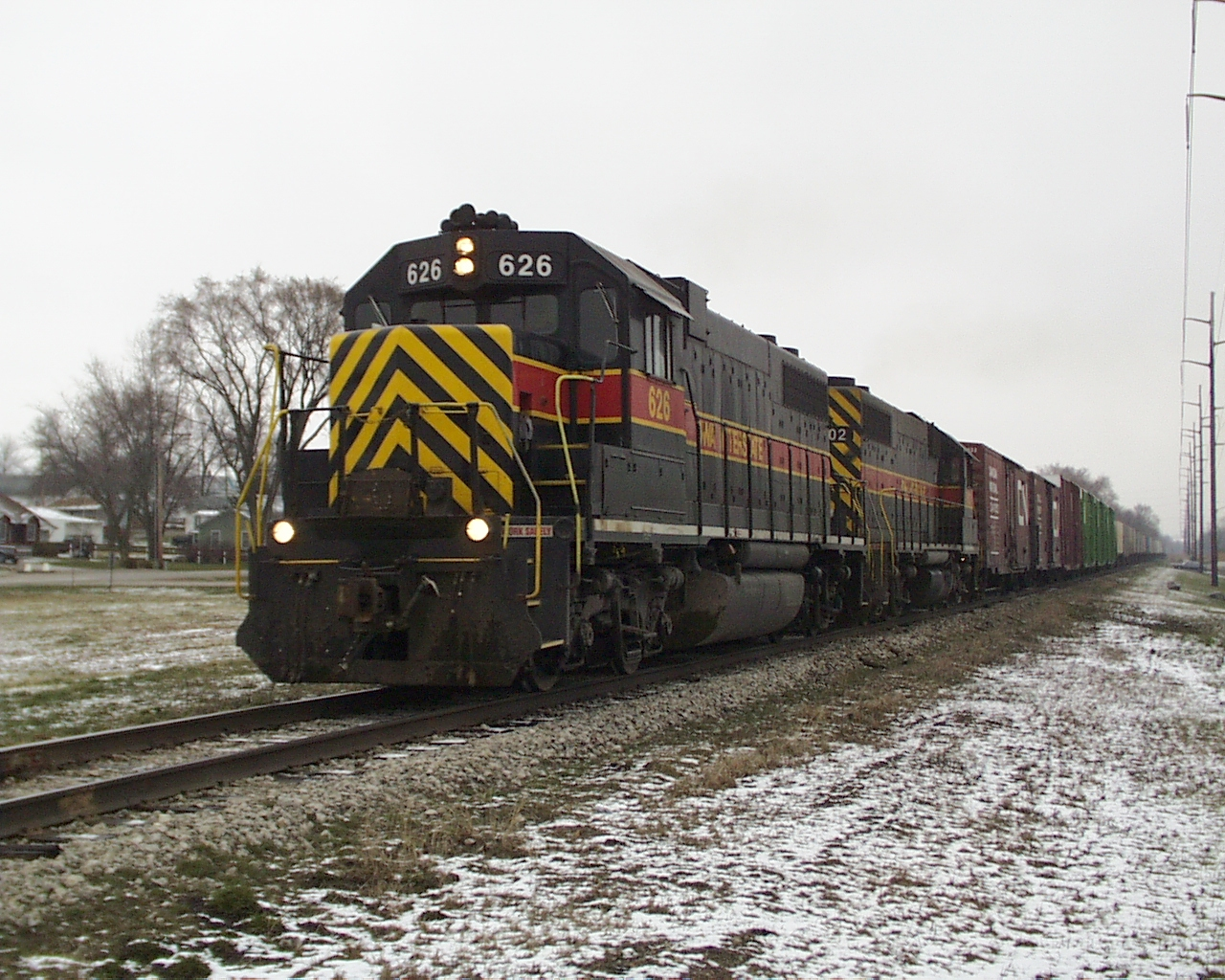 IAIS 626 at Tiffin, IA on 19-Mar-2000