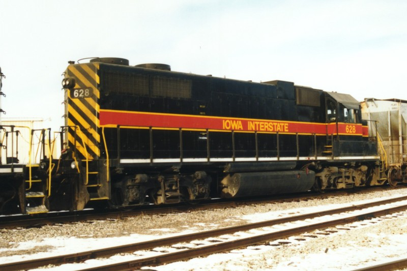 IAIS 628 at Altoona, IA on 27-Dec-1997