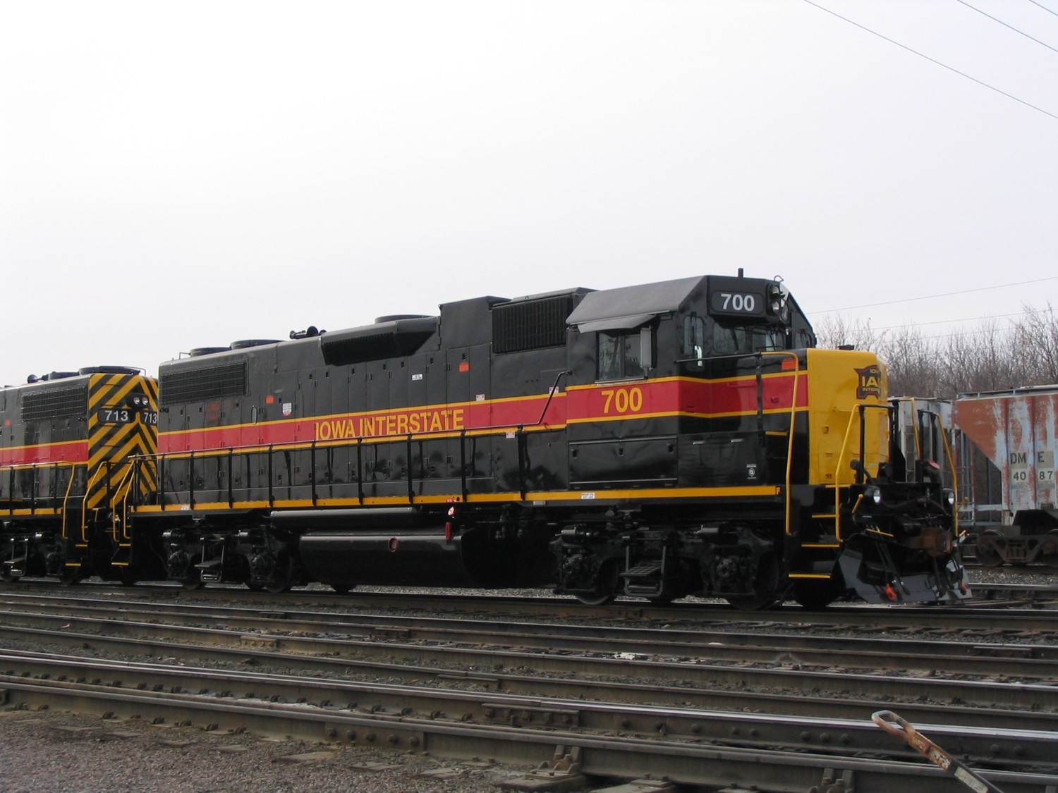 IAIS 700 at Davenport, IA on 22-Dec-2004